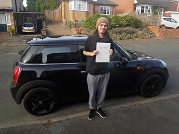 Roadrunners Driving School Kidderminster 1st time pass student Martin F